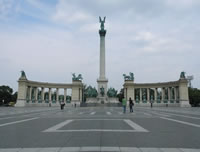 The Heroes' Square